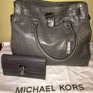 Michael Kors Large Crocodile Hamilton Tote/Wallet